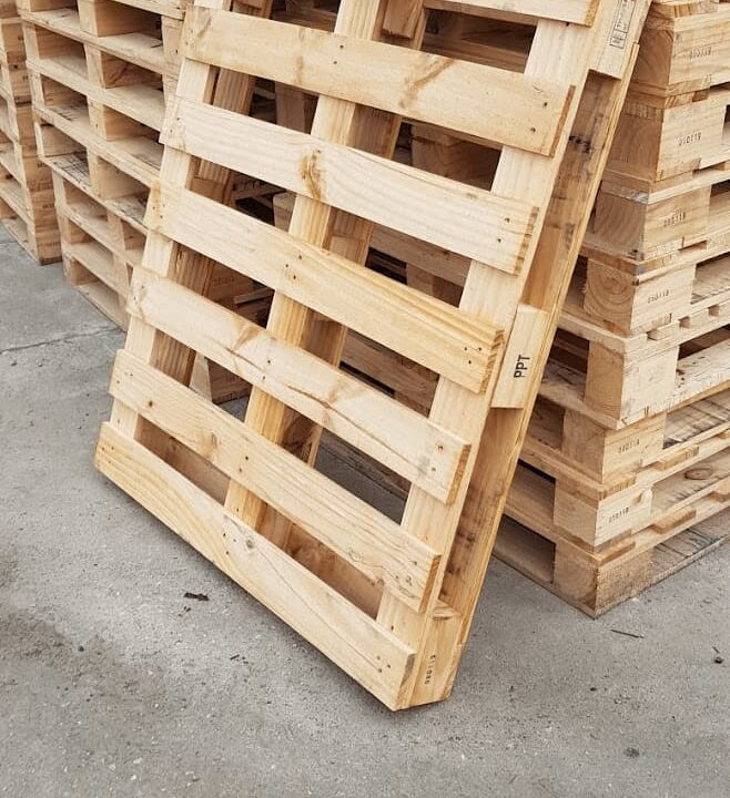 a bunch of new pallet